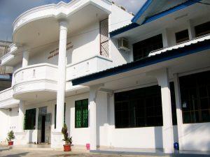 Gedung STT BASOM